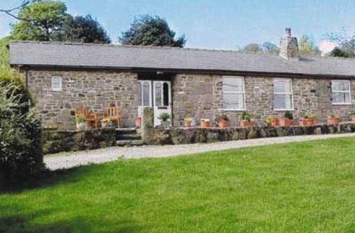 Snaptrip - Last minute cottages - Excellent Matlock Cottage S16654 -