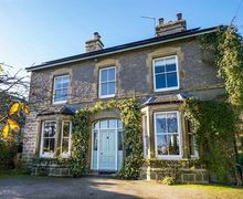 Snaptrip - Last minute cottages - Luxury Wetton Cottage S46027 -