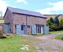 Snaptrip - Last minute cottages - Adorable Macclesfield Farm S3961 -