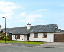Snaptrip - Last minute cottages - Excellent Gaerwen Beudy S5778 -