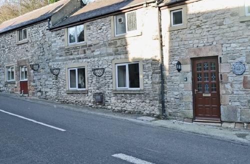 Snaptrip - Last minute cottages - Wonderful Matlock Cottage S16680 -