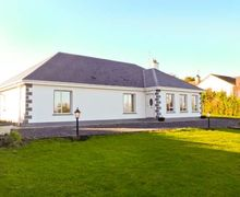 Snaptrip - Last minute cottages - Stunning  House S5890 -
