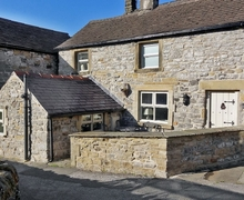Snaptrip - Last minute cottages - Excellent Tideswell Cottage S16686 -