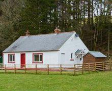 Snaptrip - Last minute cottages - Tasteful Langholm Cottage S5966 -