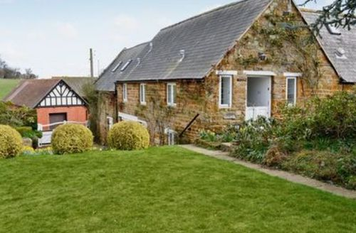 Snaptrip - Last minute cottages - Beautiful All Northamptonshire Cottage S16707 -