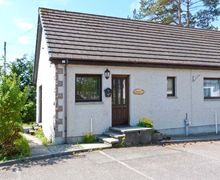 Snaptrip - Last minute cottages - Gorgeous Newtonmore Cottage S6155 -