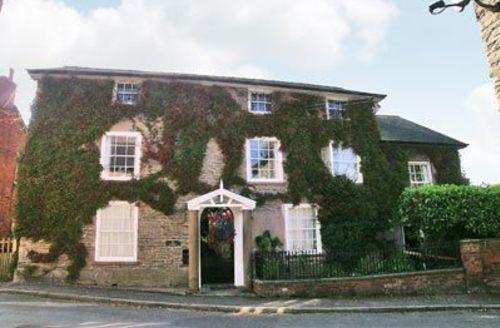 Snaptrip - Last minute cottages - Stunning Bishops Castle Cottage S16721 -