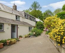 Snaptrip - Last minute cottages - Wonderful Morval Cottage S33774 -