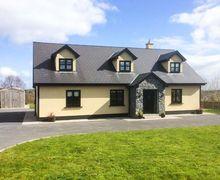 Snaptrip - Last minute cottages - Luxury  Rental S6256 -