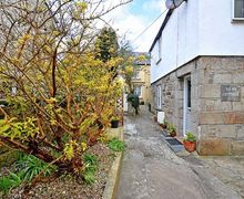 Snaptrip - Last minute cottages - Quaint Saint Columb Cottage S2828 -