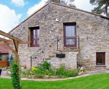 Snaptrip - Last minute cottages - Charming Wedmore Barns S2836 -