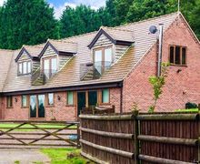 Snaptrip - Last minute cottages - Stunning Bewdley Lodge S2843 -
