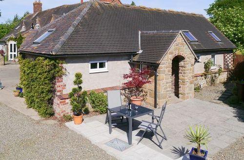 Snaptrip - Last minute cottages - Tasteful Church Stretton Cottage S16751 -