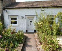 Snaptrip - Last minute cottages - Adorable Piercebridge Green S4465 -