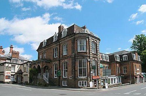 Snaptrip - Last minute cottages - Quaint Church Stretton Apartment S16756 -
