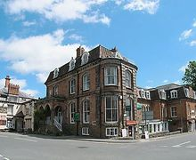 Snaptrip - Last minute cottages - Quaint Church Stretton Apartment S16756 -