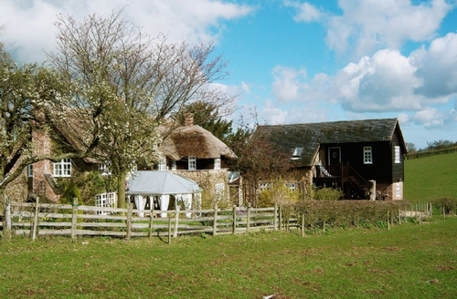 Snaptrip - Last minute cottages - Lovely Church Stretton Cottage S16759 -