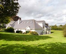 Snaptrip - Last minute cottages - Lovely  Folly S6438 -