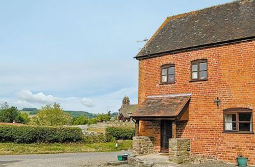 Snaptrip - Last minute cottages - Captivating Craven Arms Cottage S16773 -