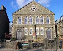 Snaptrip - Last minute cottages - Delightful Criccieth Rental S13097 -
