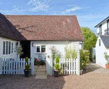 Snaptrip - Last minute cottages - Wonderful Bexhill On Sea Cottage S6659 -