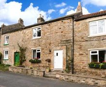 Snaptrip - Last minute cottages - Beautiful Gayles Cottage S12590 -