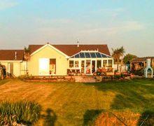 Snaptrip - Last minute cottages - Wonderful Morwenstow Cottage S9117 -