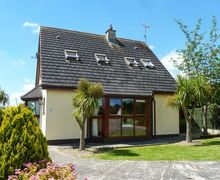 Snaptrip - Last minute cottages - Charming Gorey Cottage S9109 -