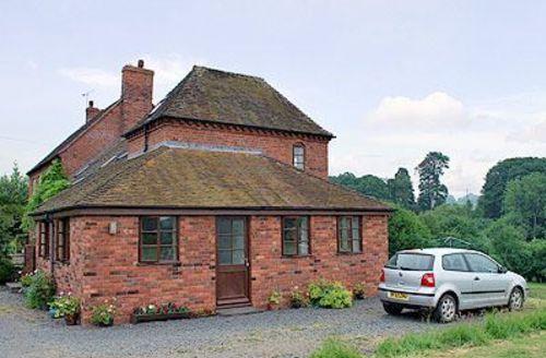 Snaptrip - Last minute cottages - Tasteful Ludlow Cottage S16797 -
