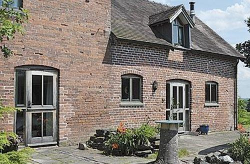 Snaptrip - Last minute cottages - Stunning Ludlow Cottage S16799 -
