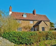 Snaptrip - Last minute cottages - Inviting Ludlow Cottage S16802 -