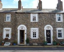 Snaptrip - Last minute cottages - Attractive Birchington Cottage S9447 -
