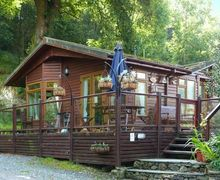 Snaptrip - Last minute cottages - Captivating Troutbeck Lodge S9592 -