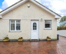 Snaptrip - Last minute cottages - Attractive Tywardreath Rental S12986 -