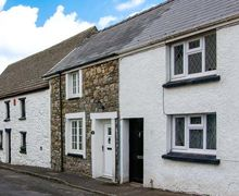 Snaptrip - Holiday cottages - Stunning Kidwelly Rental S13120 -
