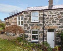 Snaptrip - Last minute cottages - Wonderful Criccieth Rental S13511 -