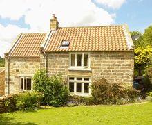 Snaptrip - Last minute cottages - Quaint Goathland Cottage S37134 -