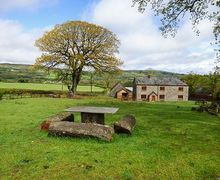 Snaptrip - Last minute cottages - Gorgeous Rhos Gôch Rental S25122 -