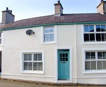 Snaptrip - Last minute cottages - Stunning Llanfechell Rental S26007 -