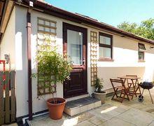 Snaptrip - Last minute cottages - Luxury Tywardreath Lodge S37107 -