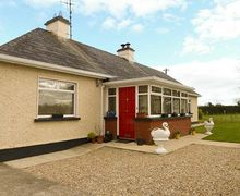 Snaptrip - Last minute cottages - Superb Foulksmills, County Wexford Rental S26025 -