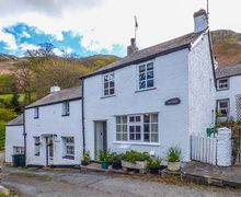 Snaptrip - Last minute cottages - Captivating Dwygyfylchi Cottage S26999 -