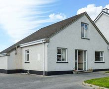 Snaptrip - Last minute cottages - Captivating Donegal Cottage S37172 -