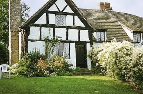 Snaptrip - Last minute cottages - Captivating Kington Cottage S16920 -