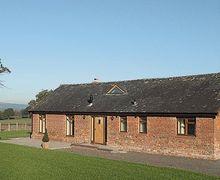 Snaptrip - Last minute cottages - Cosy Kington Cottage S16923 -
