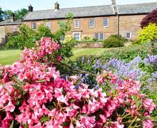 Snaptrip - Last minute cottages - Cosy Carlisle Cottage S37874 -