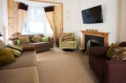 Snaptrip - Last minute cottages - Wonderful Portland Tides S1421 - Living room