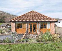 Snaptrip - Last minute cottages - Adorable Ledbury Cottage S16938 -