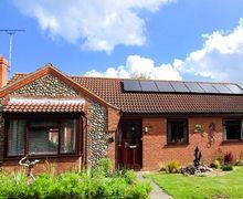 Snaptrip - Last minute cottages - Luxury Mundesley Cottage S41026 -