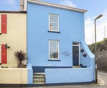 Snaptrip - Last minute cottages - Tasteful Torbay Cottage S45656 -